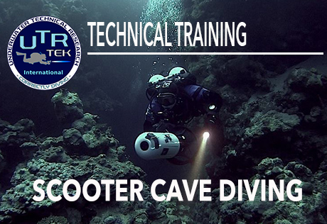 SCOOTER CAVE DIVING